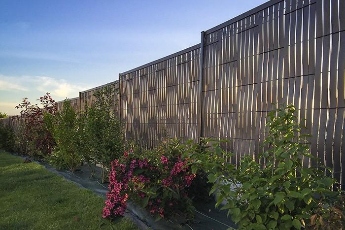 cloture brise vue finest superbe cloture jardin pas cher panneau brise vue pvc achat vente. Black Bedroom Furniture Sets. Home Design Ideas