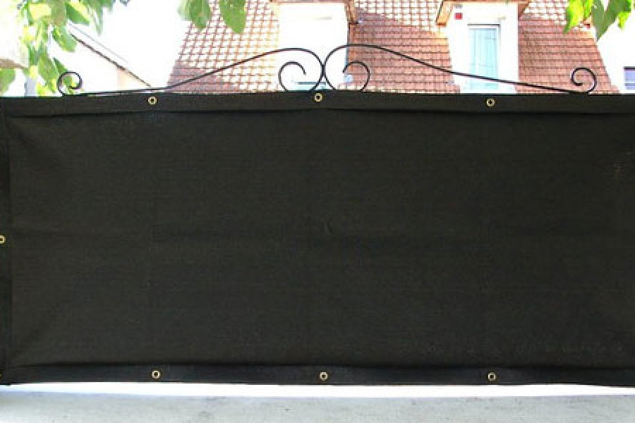 Privacy screen installed on a gate